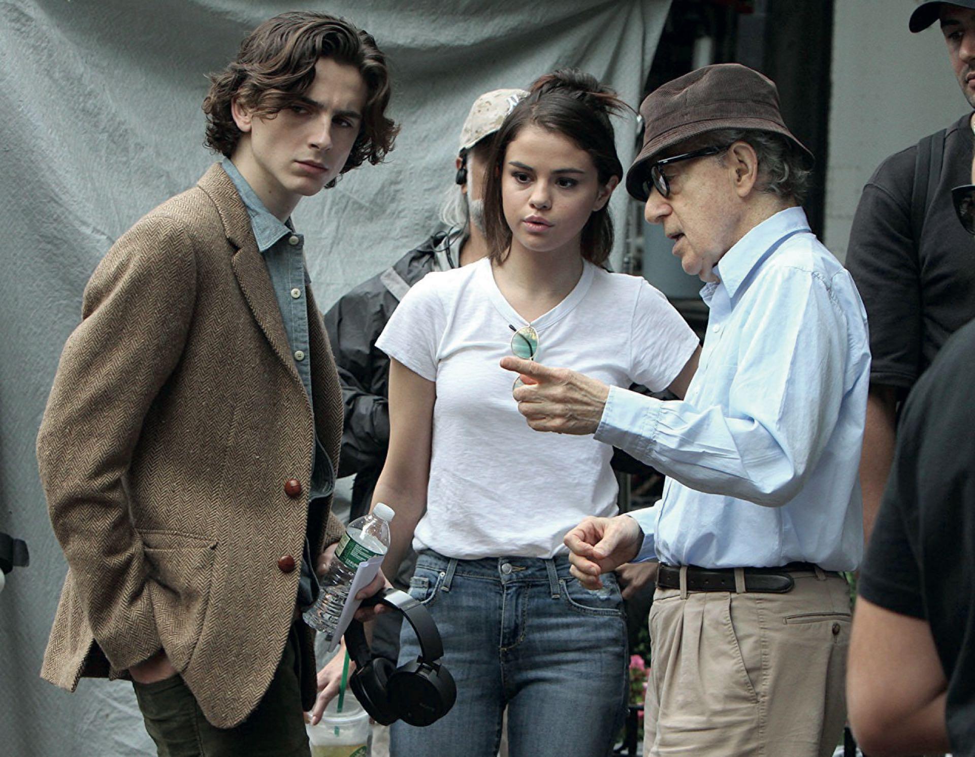 """Timothée Chalamet actuó en """"Un día lluvioso en Nueva York"""", de Woody Allen, y donó su salario a las víctimas de acoso"""