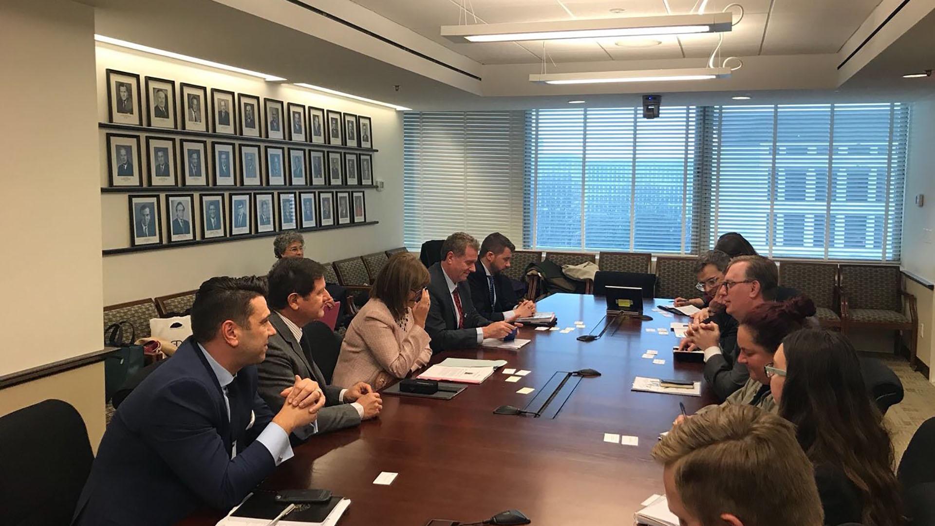 Los funcionarios argentinos mantuvieron varias reuniones de trabajo en los EEUU