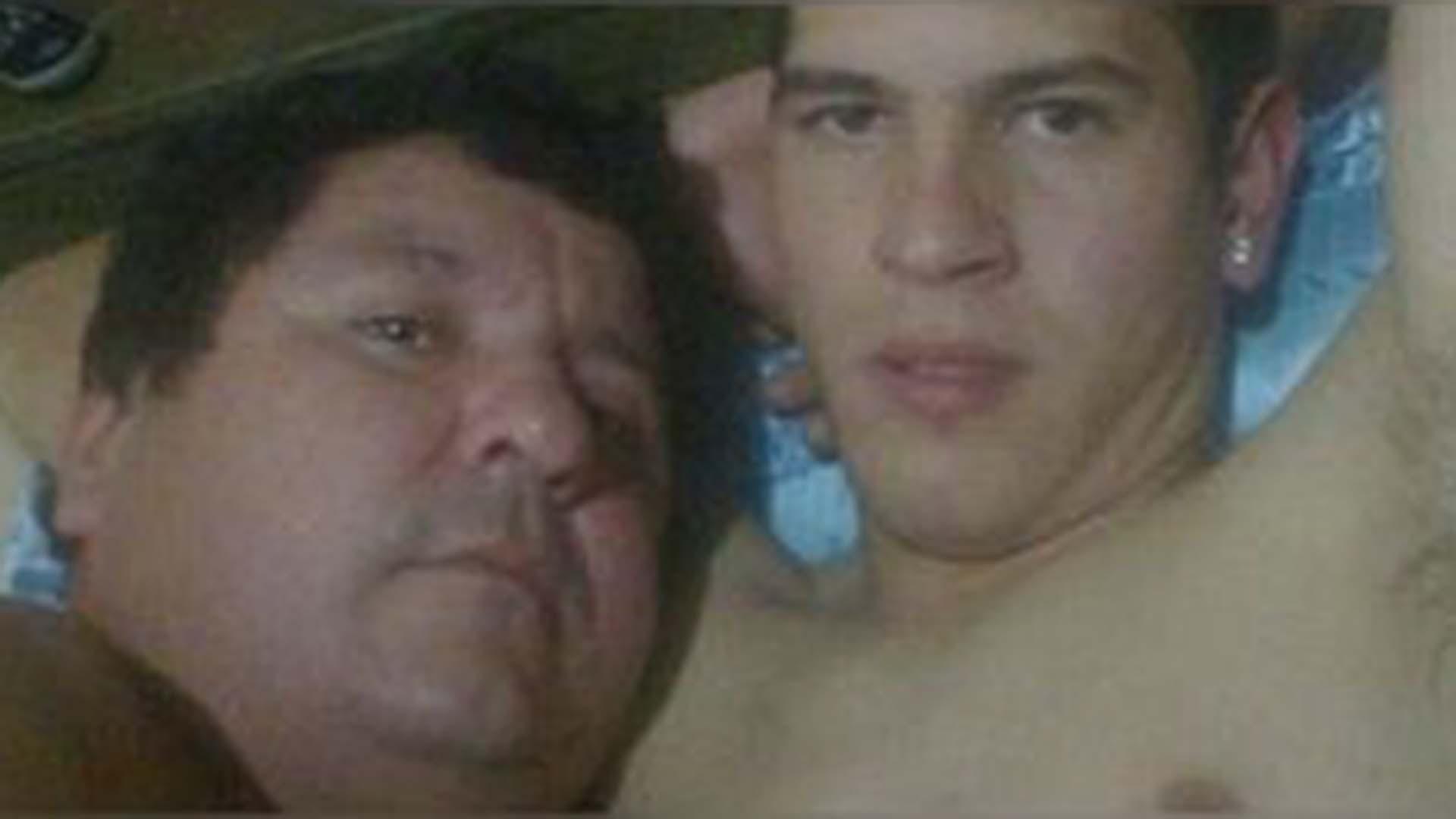La foto que disparó el escándalo: Antonio González y Bernardo Gabriel Caballero