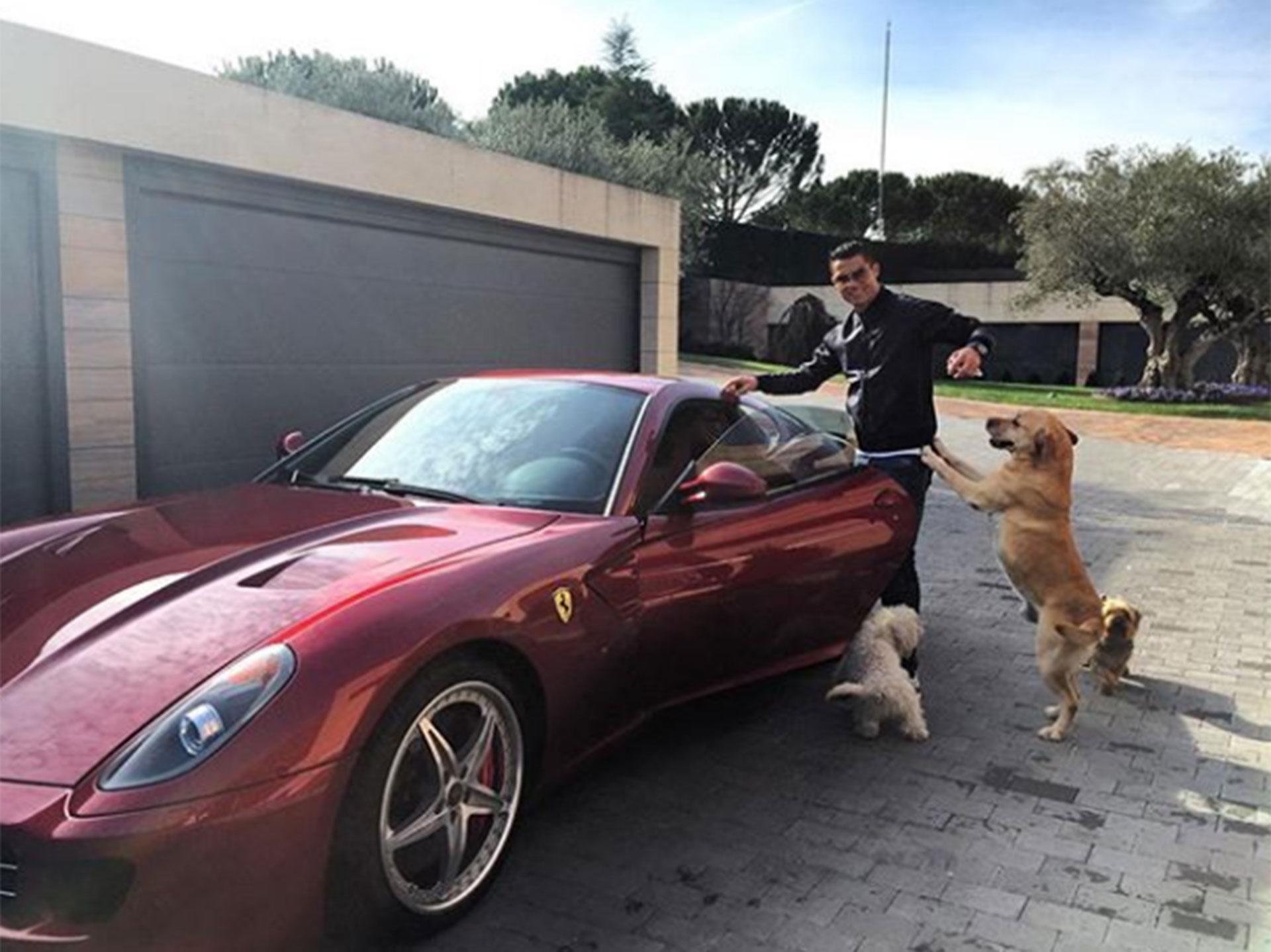 Así es la millonaria colección de coches de Cristiano Ronaldo - Infobae b15d5809f4f0c