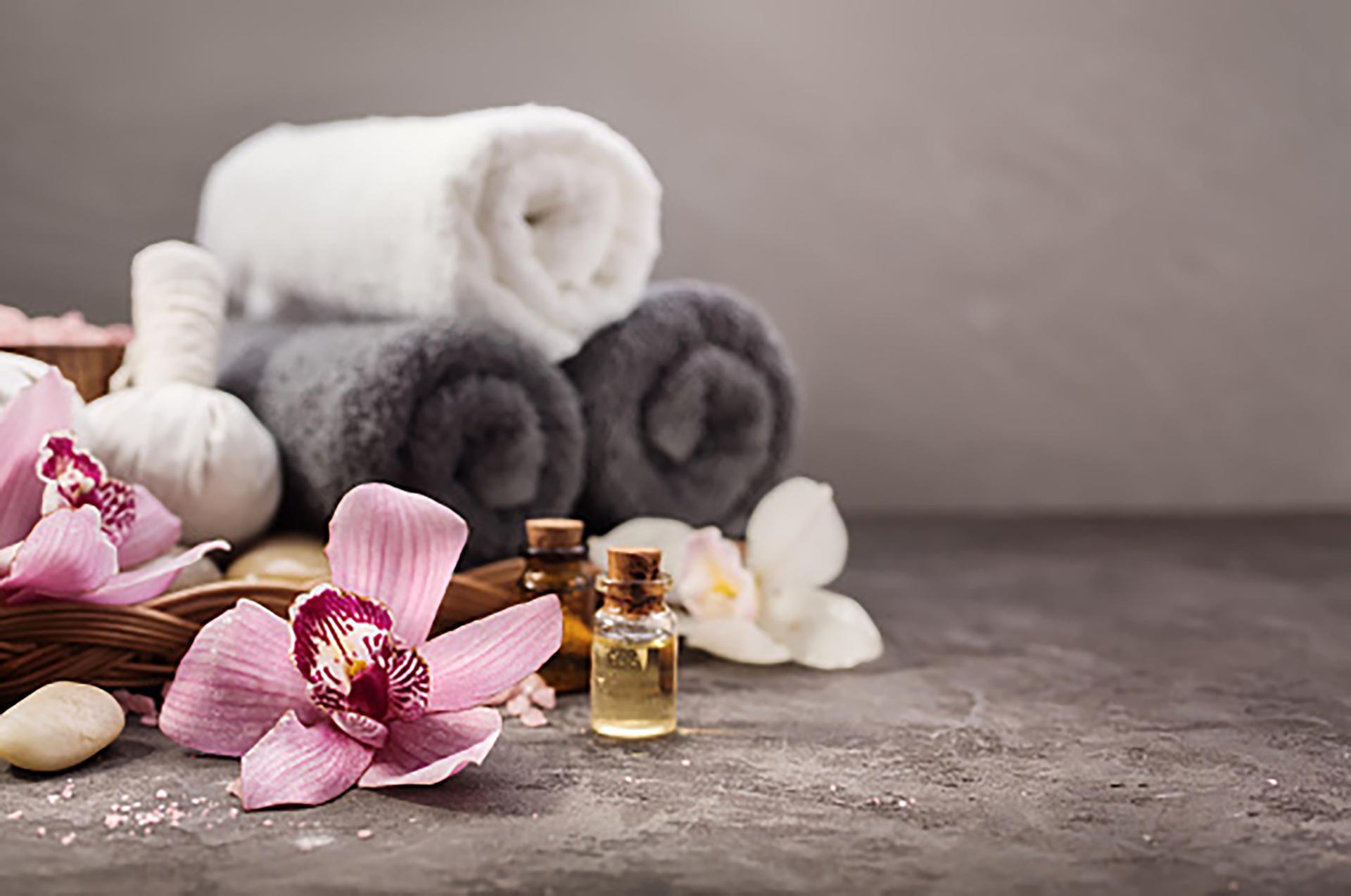 Disfrutar de masajes relajantes es una actividad sumamente relajante (Getty Images)