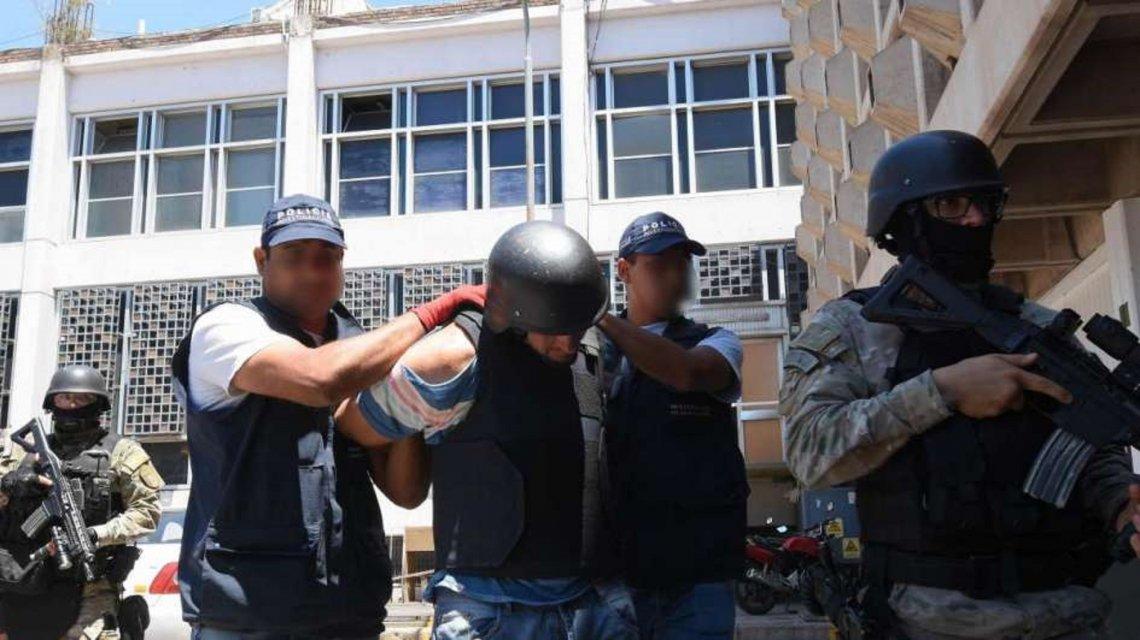 El Ministerio de Seguridad coordina las búsquedas de las 47.000 personas hoy fugadas de la Justicia en la Argentina