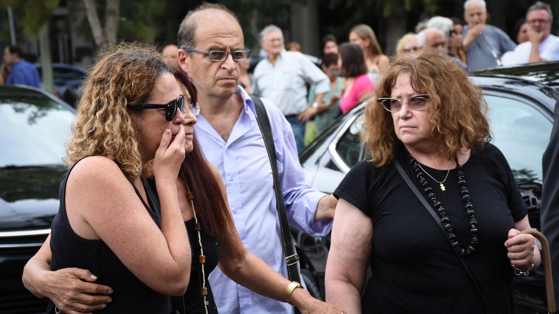 El llanto de Solange Pérez Volpin, hermana de Débora