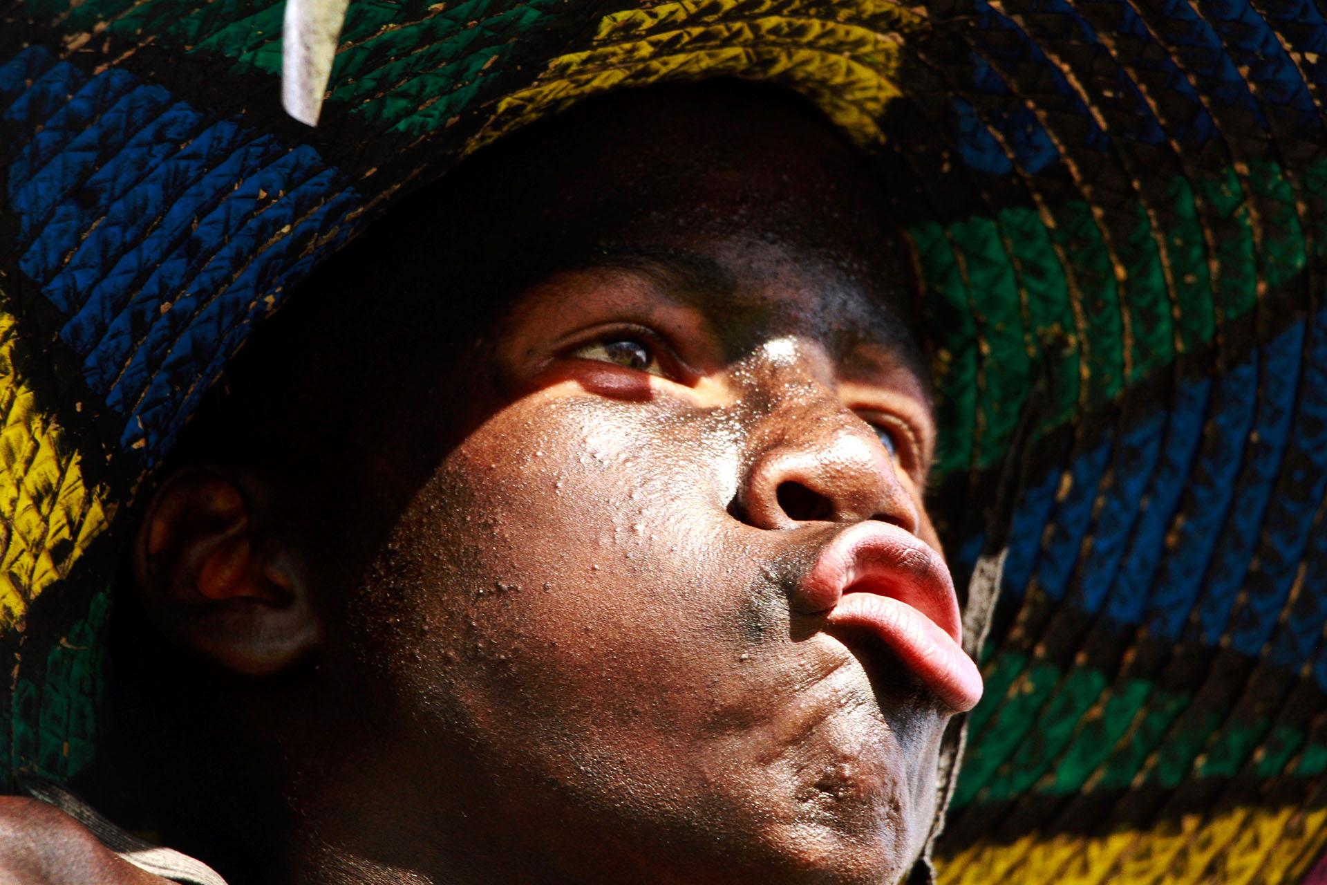 Un niño de la danza del Son de Negro, de las comunidades ribereñas del Atlántico