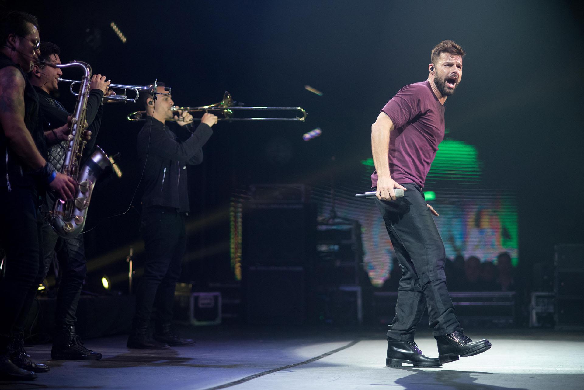 Living la vida loca, La Mordidita, Vente Pa Ca fueron algunos de los éxitos que cantó Ricky Martin