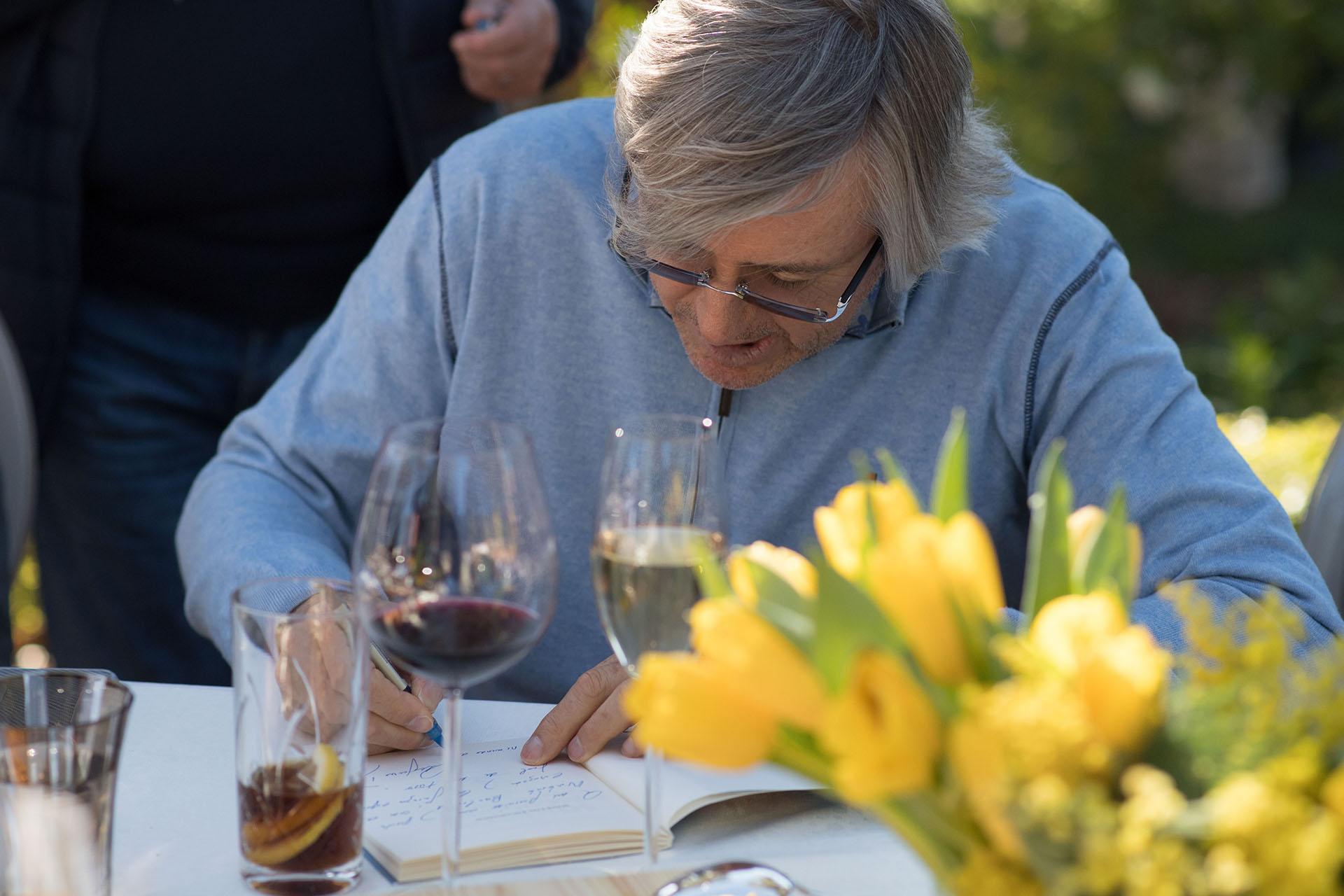 Alejandro Roemmers en el almuerzo en los jardines de La Mamounia