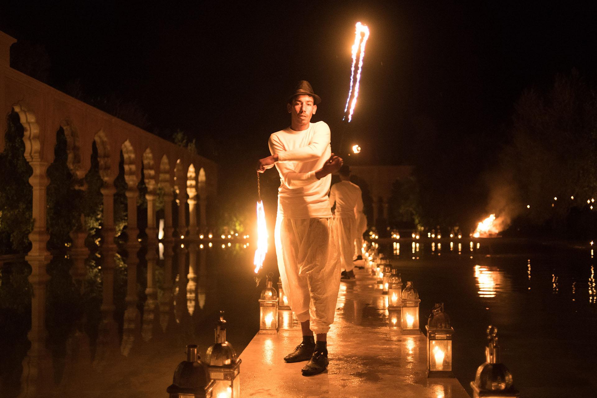 Los shows con fuego estuvieron presentes en casi todos los festejos