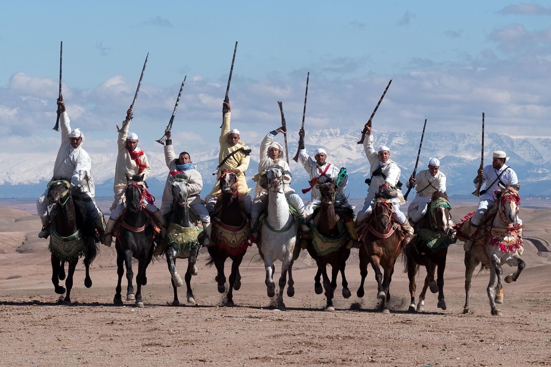 Los caballos protagonizaron el espéctaculo del tercero de los festejos en la travesía por el desierto de Agafay