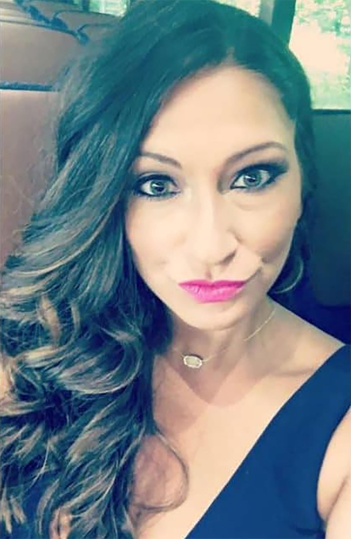 La defensa sostiene que la mujer ya estaba ebria al subir al avión, y que la tripulación no debió venderle más alcohol