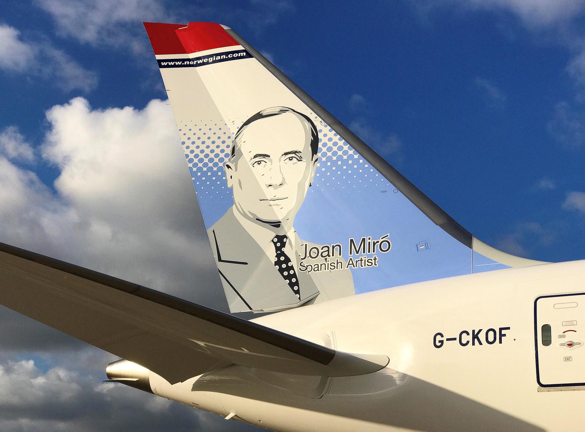 El avión que llegará al país tiene la imagen de Joan Miró