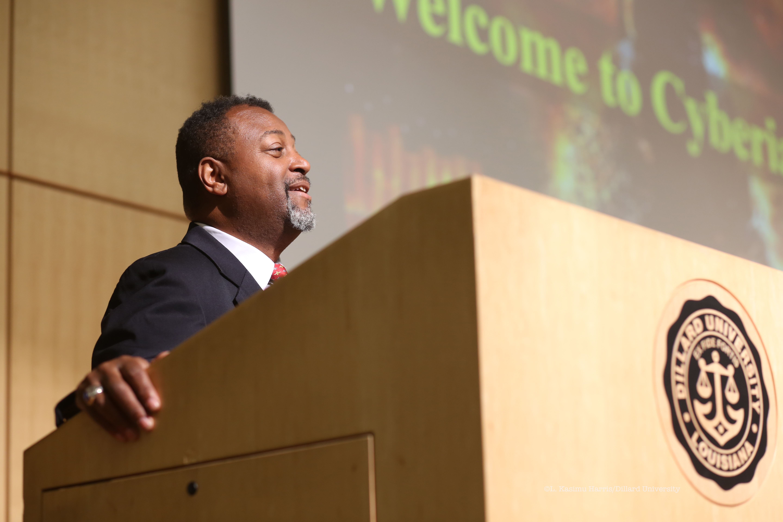 Malcolm Nance, experto en terrorismo y contrainteligencia (Dillard.edu)