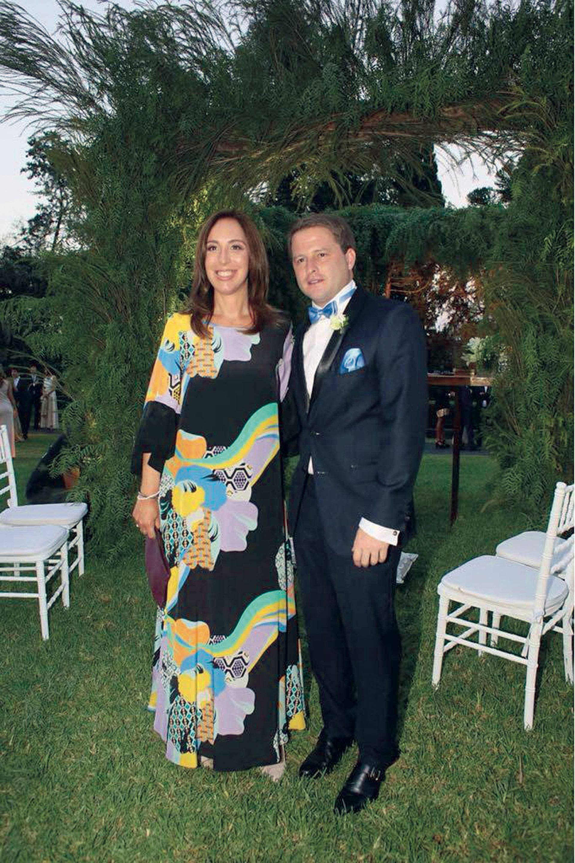 La gobernadora María Eugenia Vidal junto al novio. (Foto Marcelo Espinosa/GENTE)