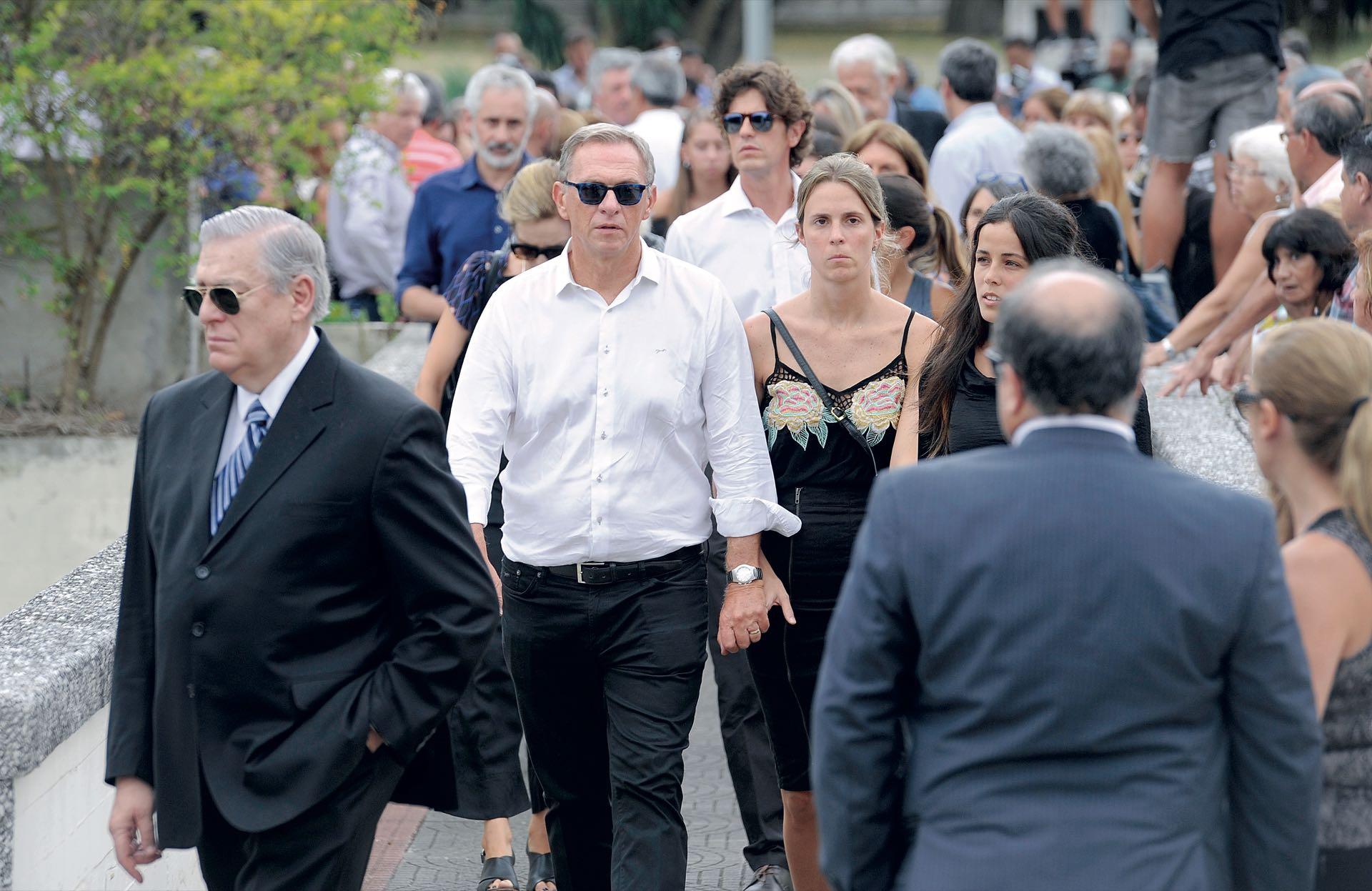 Santo Biasatti, Marcelo Bonelli, Martín Lousteau -líder del partido al que se sumó Débora- y Carla Peterson (Fotos: Enrique García Medina y Maxi Vernazza/GENTE)