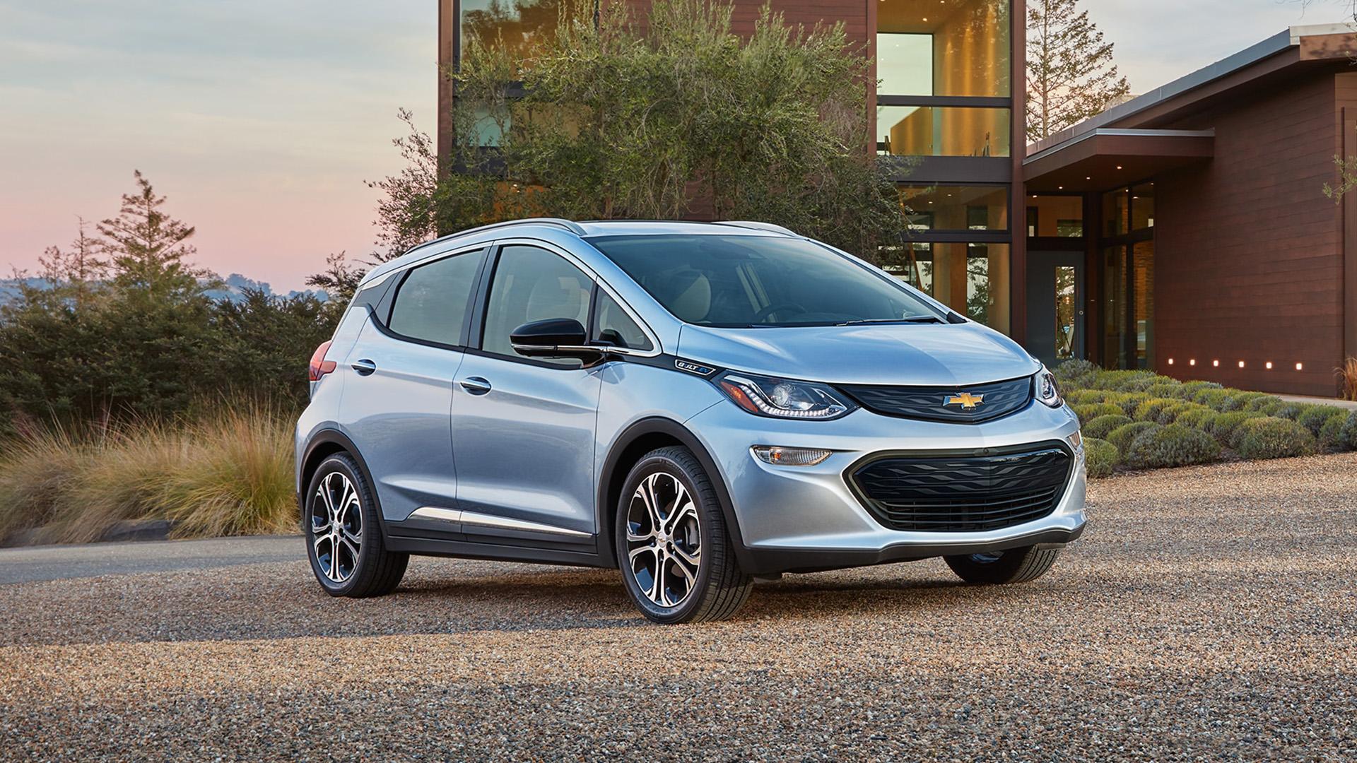 El Chevrolet Bolt-EV es el vehículo con mayor autonomía en el mundo: recorre 383 kilómetros con una sola carga de batería