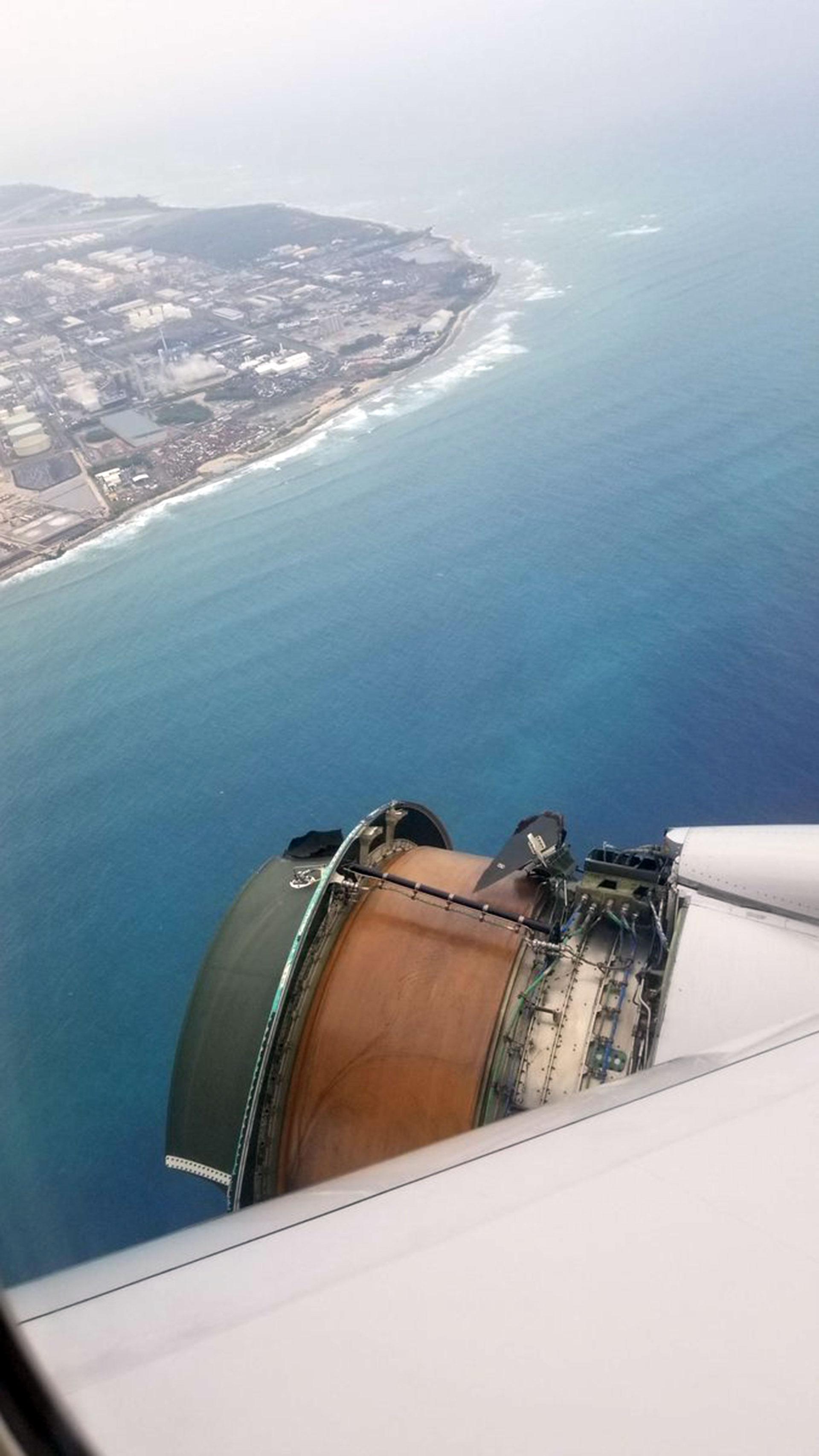 La turbina, con el fuselaje totalmente desintegrado