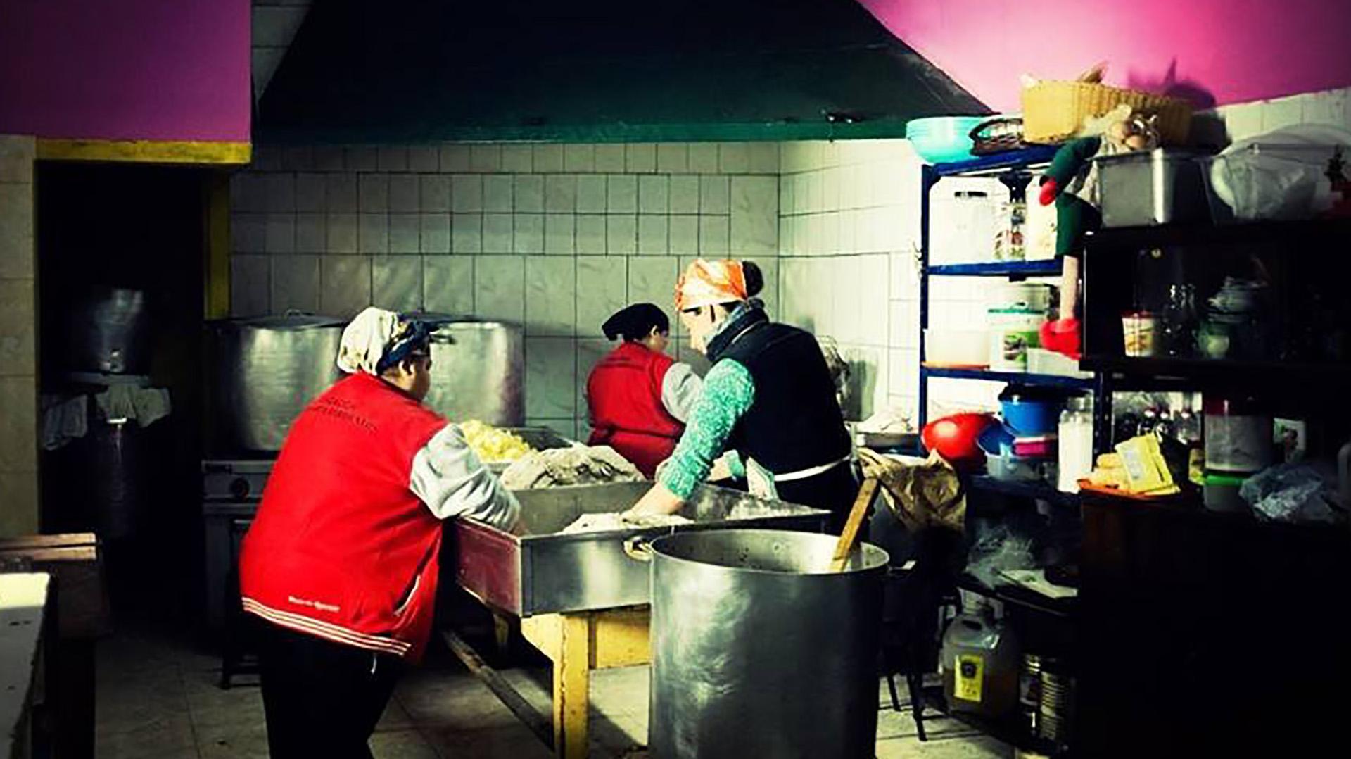 La cocina del comedor Los Piletones (Facebook)