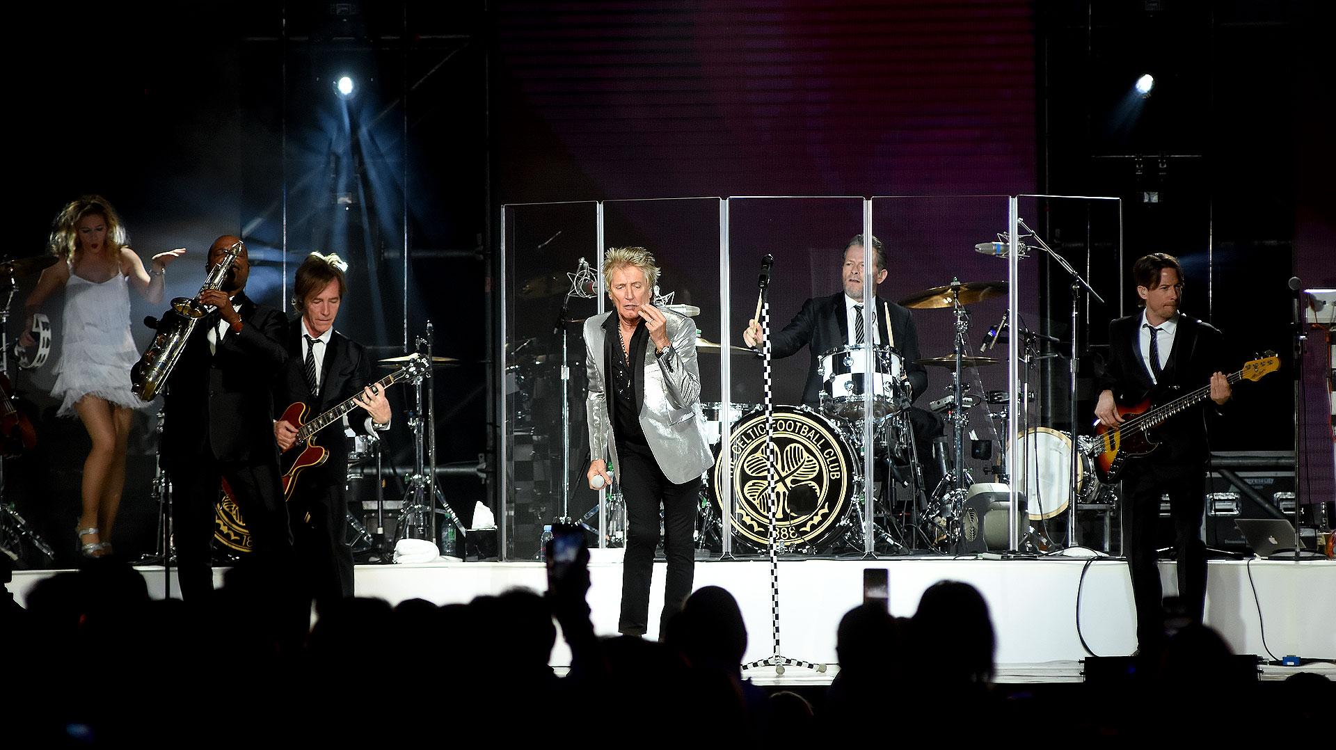 El 16 de febrero más de 21.000 fanáticos colmarán el Estadio Geba para presenciar un show de primer nivel: Sir Rod Stewart, la leyenda de la música dará un concierto que recorrerá todos sus éxitos