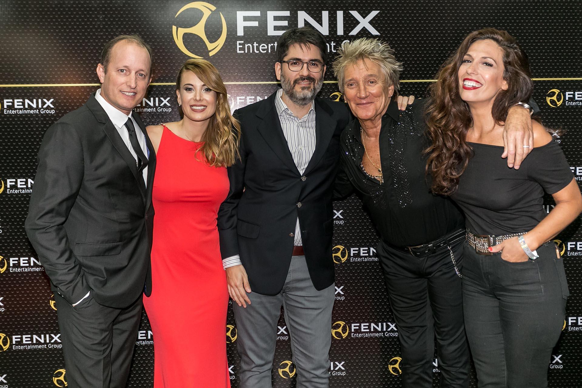 Martín Insaurralde y Jésica Cirio también posaron con el músico británico