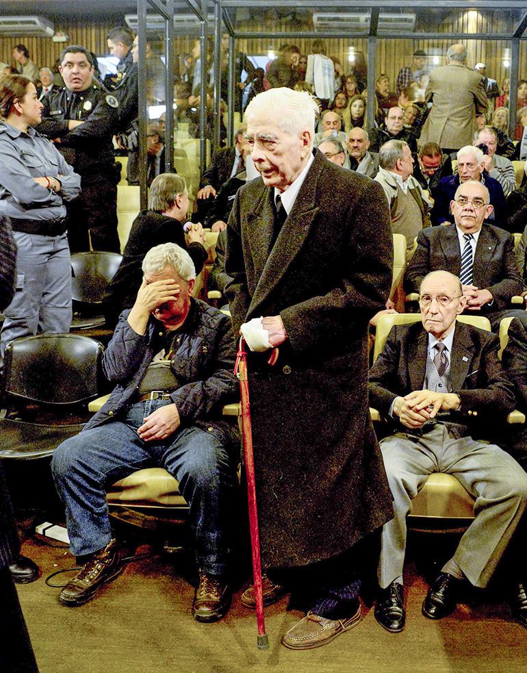 El represor durante el juicio (NA)