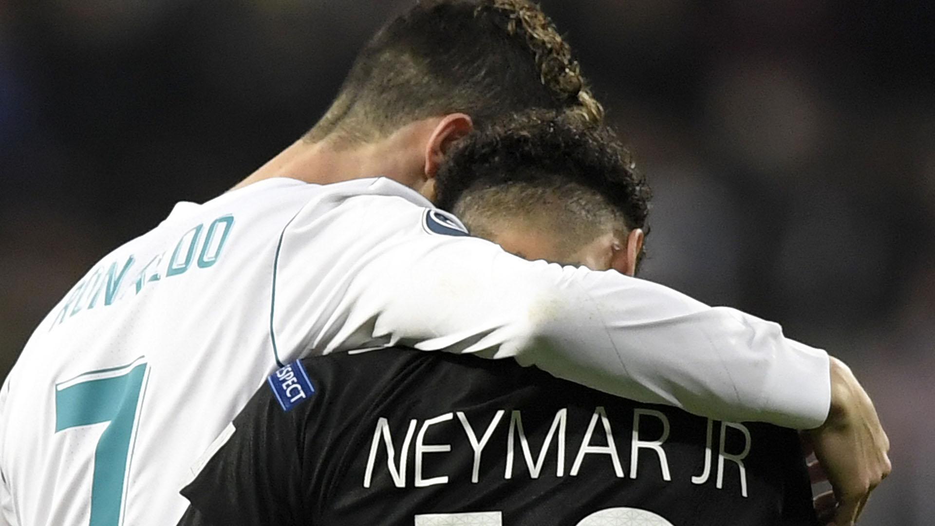 Cristiano Ronaldo y Neymar podrían jugar juntos la próxima temporada (AFP)