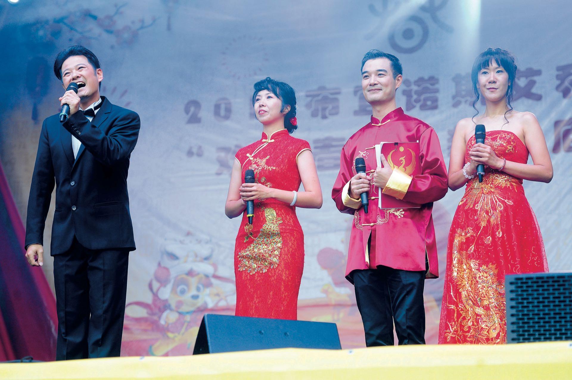 El actor Ignacio Huang –el de la película Un cuento chino– fue el director artístico del evento. (Fotos: Fabián Mattiazzi y Télam)