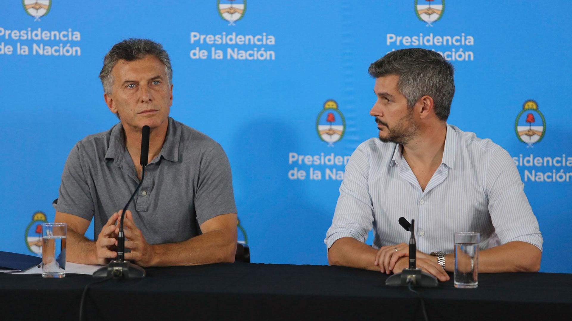 Mauricio Macri y Marcos Peña en la conferencia de prensa en Chapadmalal, una de las 73 que ofreció el Presidente (Christian Heit)