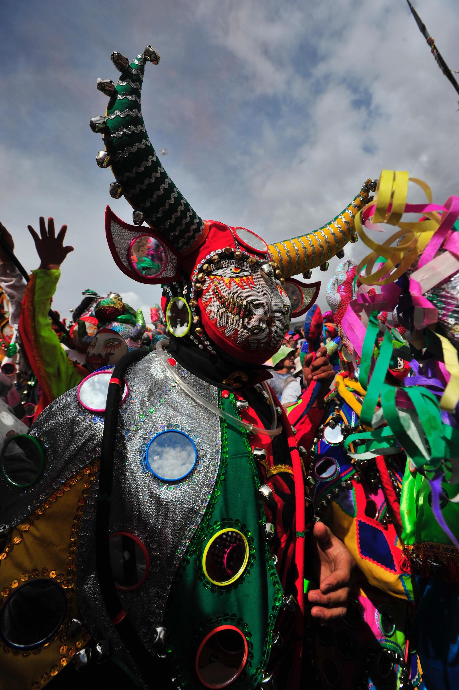 El carnaval andino convoca durante nueve días y ocho noches de fiesta a miles de turistas