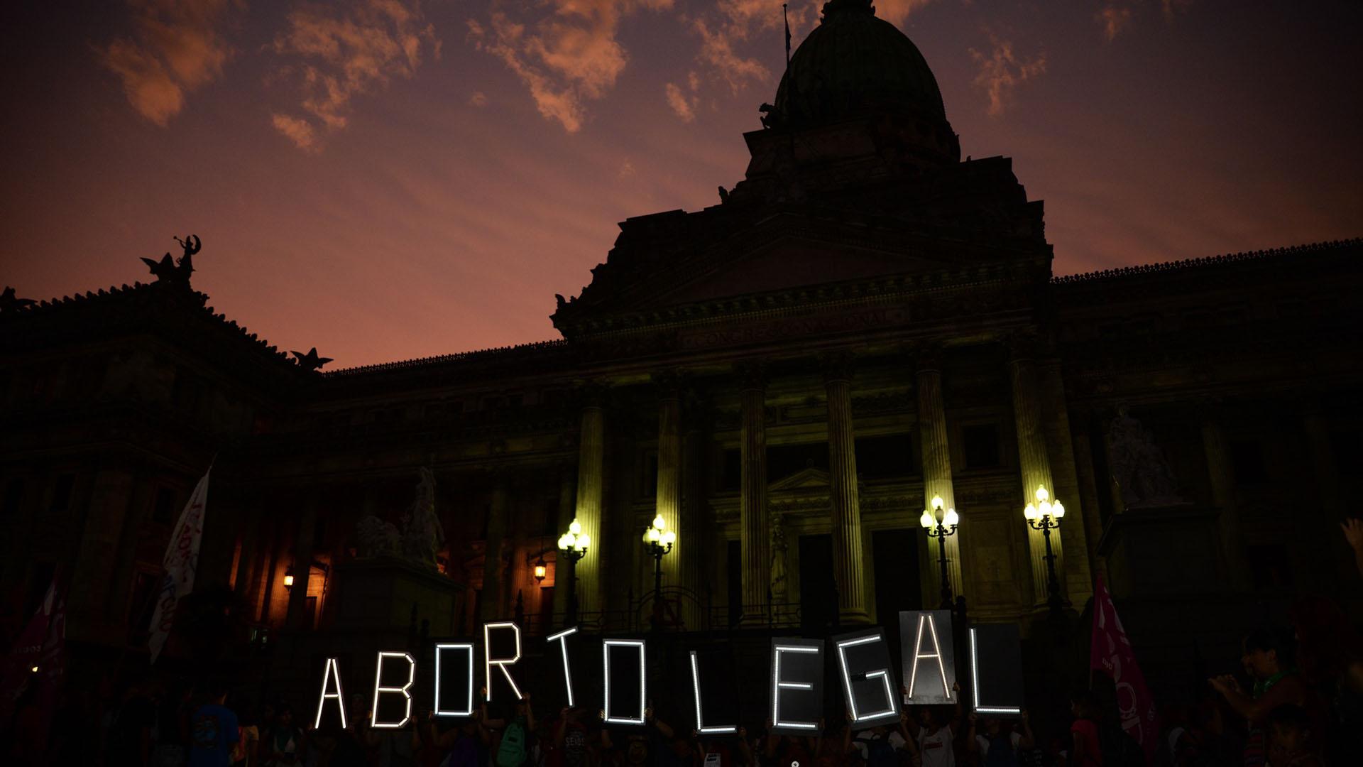 El Congreso tratará una ley para despenalizar el aborto (Foto: Julieta Ferrario)