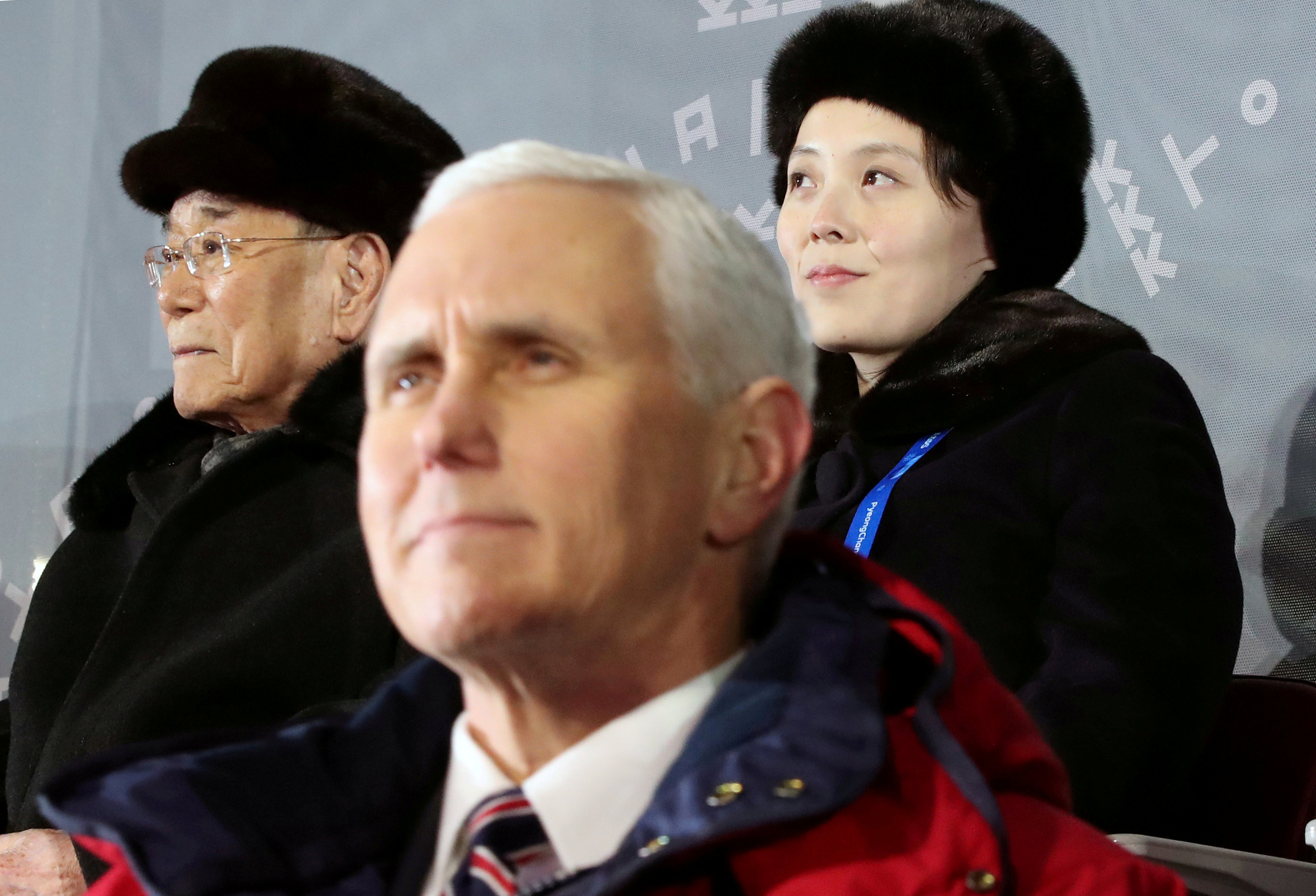El vicepresidente Mike Pence y la norcoreana Kim Yo-jong no intercambiaron saludos en el palco oficial