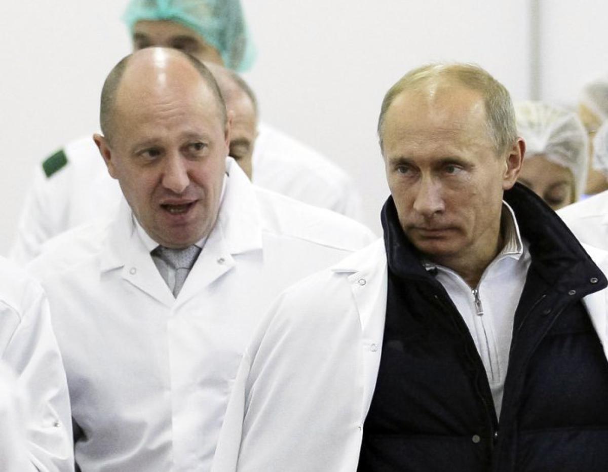 Yevgeny Prigozhin con Vladimir Putin (AP)