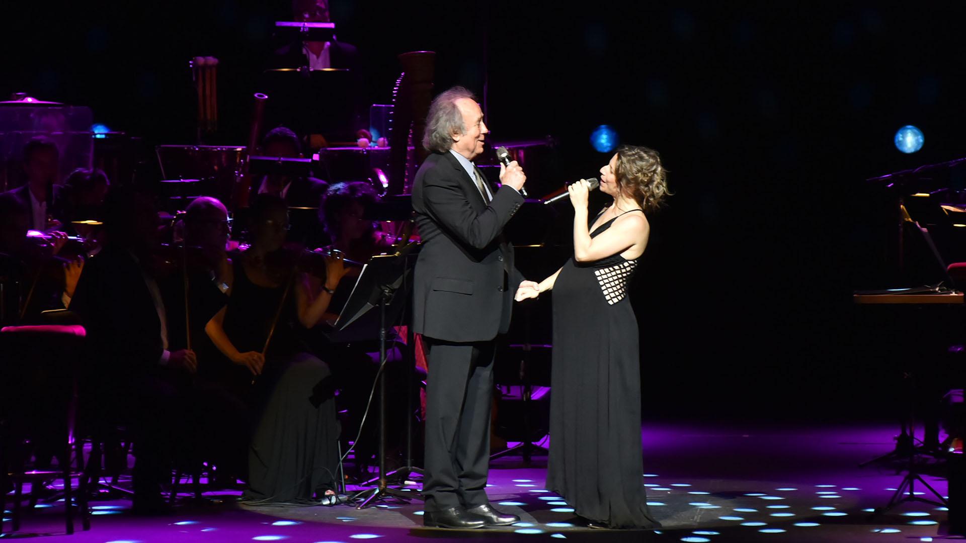 Joan Manuel Serrat y Elena Roger compartieron el escenario en el mítico teatro Colón