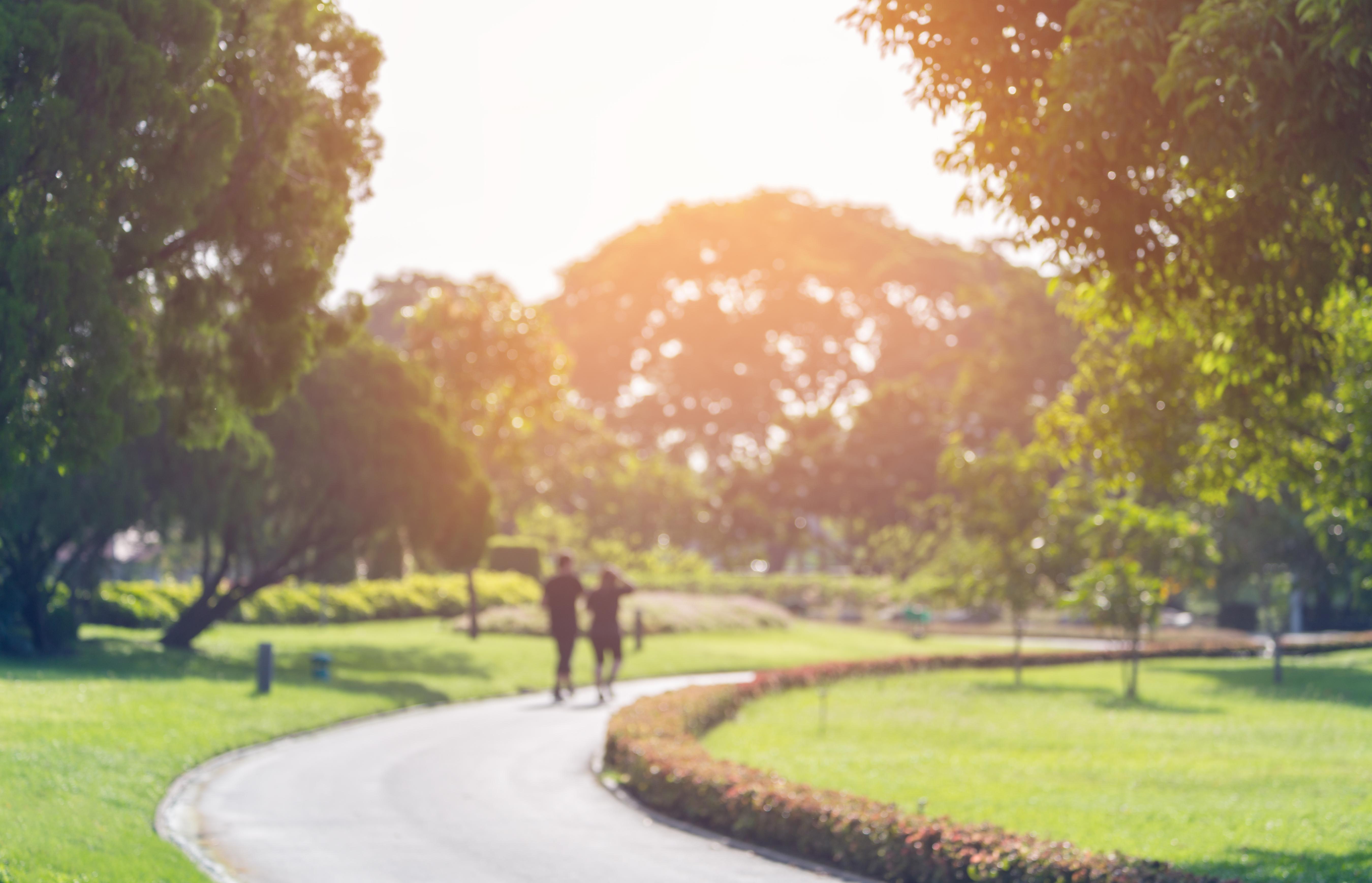El médico explica la importancia de no salir a realizar actividad física en horarios en los que el sol está muy arriba (Getty Images)