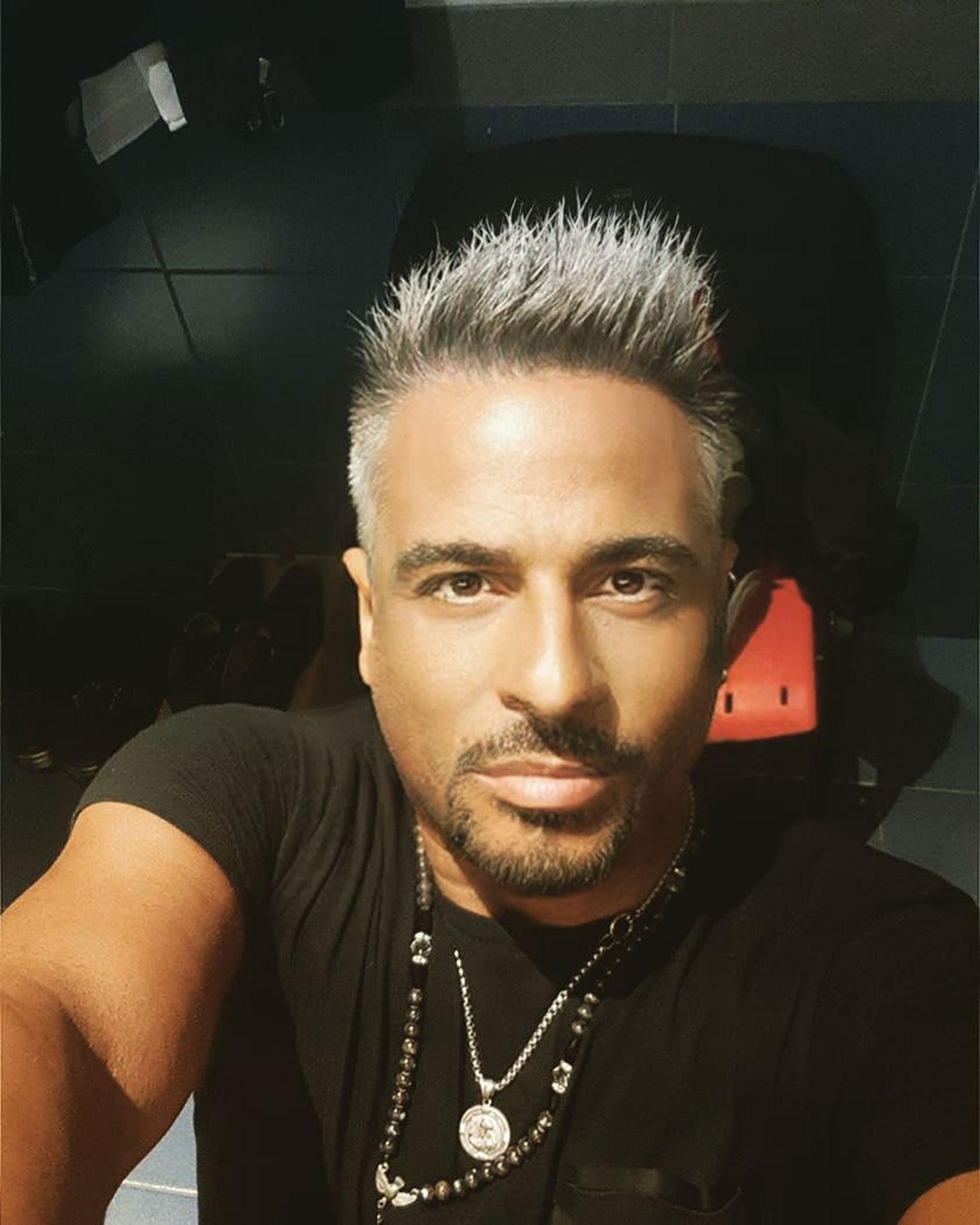 Marcelo Iripino renovó su look y mostró su nueva apariencia en Instagram. Al verlo su rostro tan cambiado generó dudas si se hizo un retoque estético o simplemente utilizó Photoshop