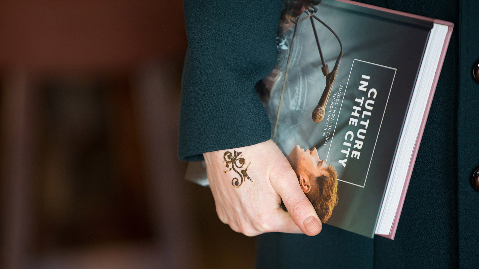 Los tatuajes de henna no son permanentes: solo duran unos días y no dejan marca