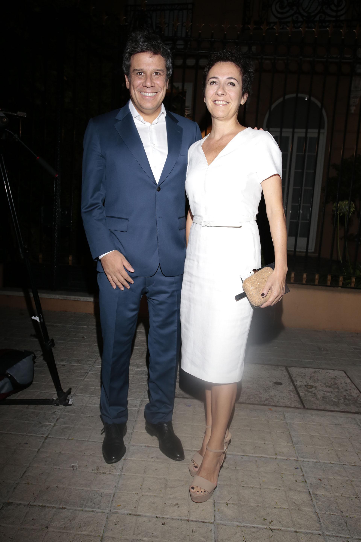 Facundo Manes y su esposa