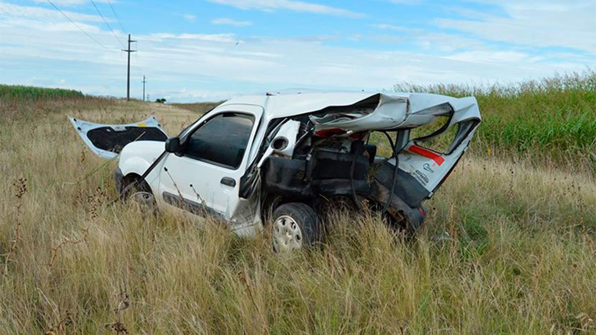 La Kangoo de la víctima fatal del accidente (@aleginart)