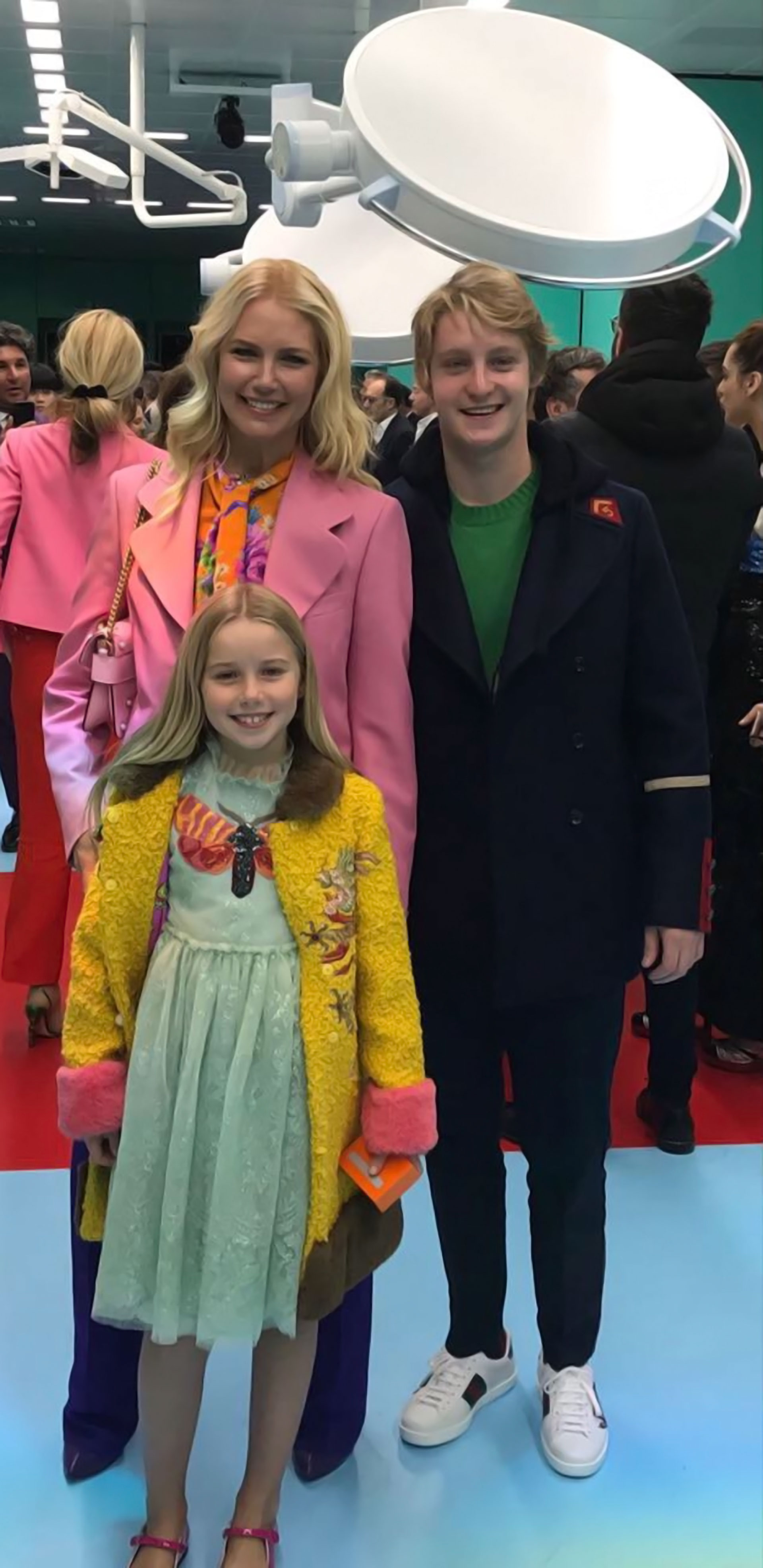 La familia fashionista, lookeados, siguiendo la línea de la boutique italiana