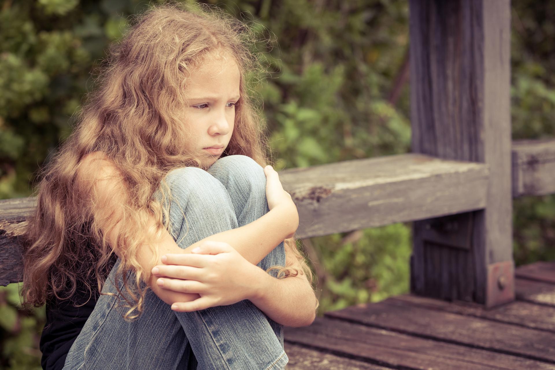 Cada niño tiene necesidades emocionales especiales, y puede manifestar cansancio, procuración o entusiasmo (Getty Images)
