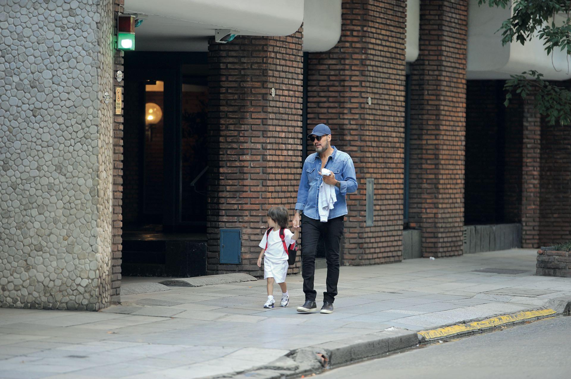 Caminata de padre e hijo.(Fotos: Julio César Ruíz)