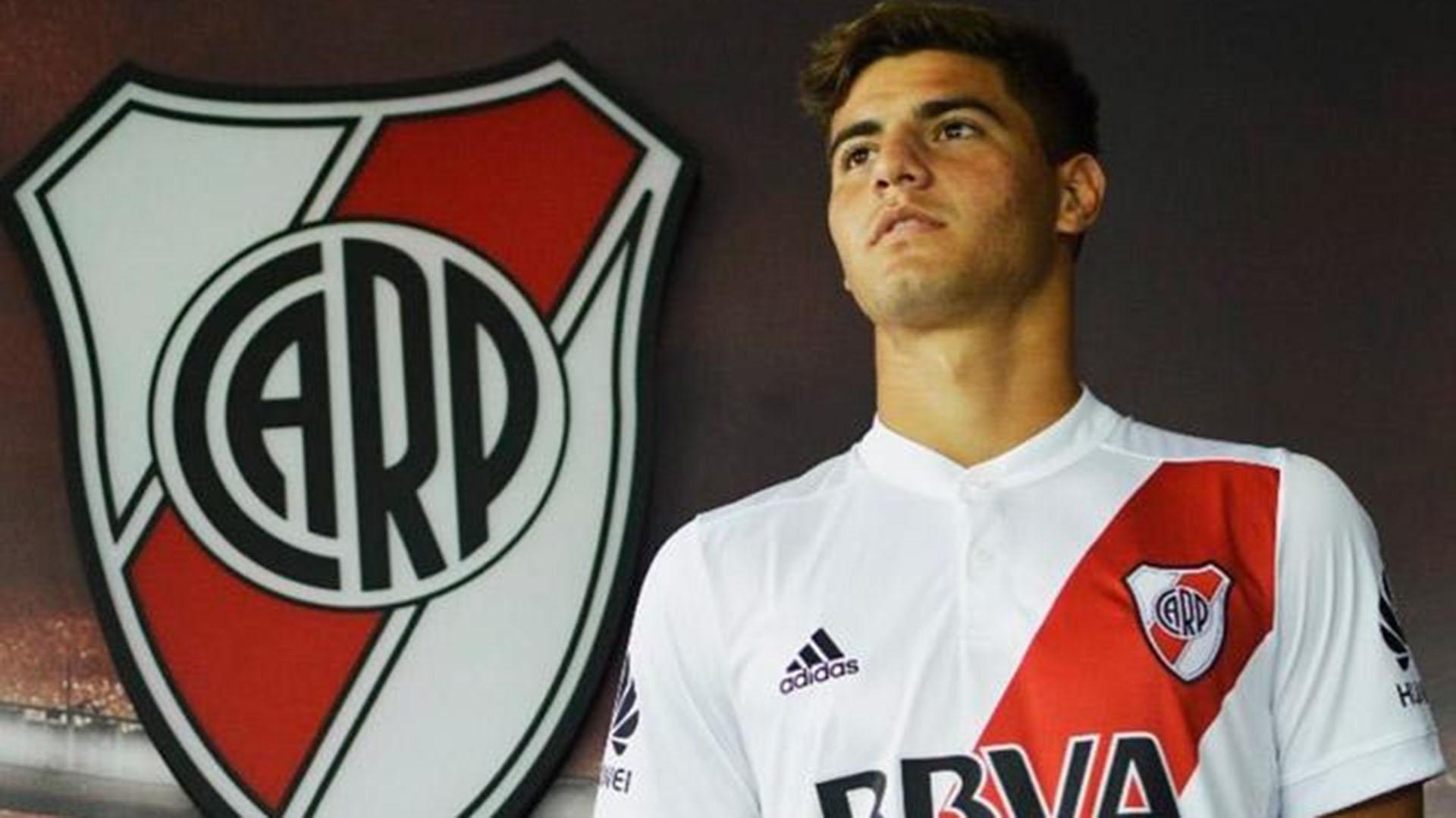 Santiago Sosa, el mediocampista de la reserva que forma parte de la lista de River en la Copa (Instagram)