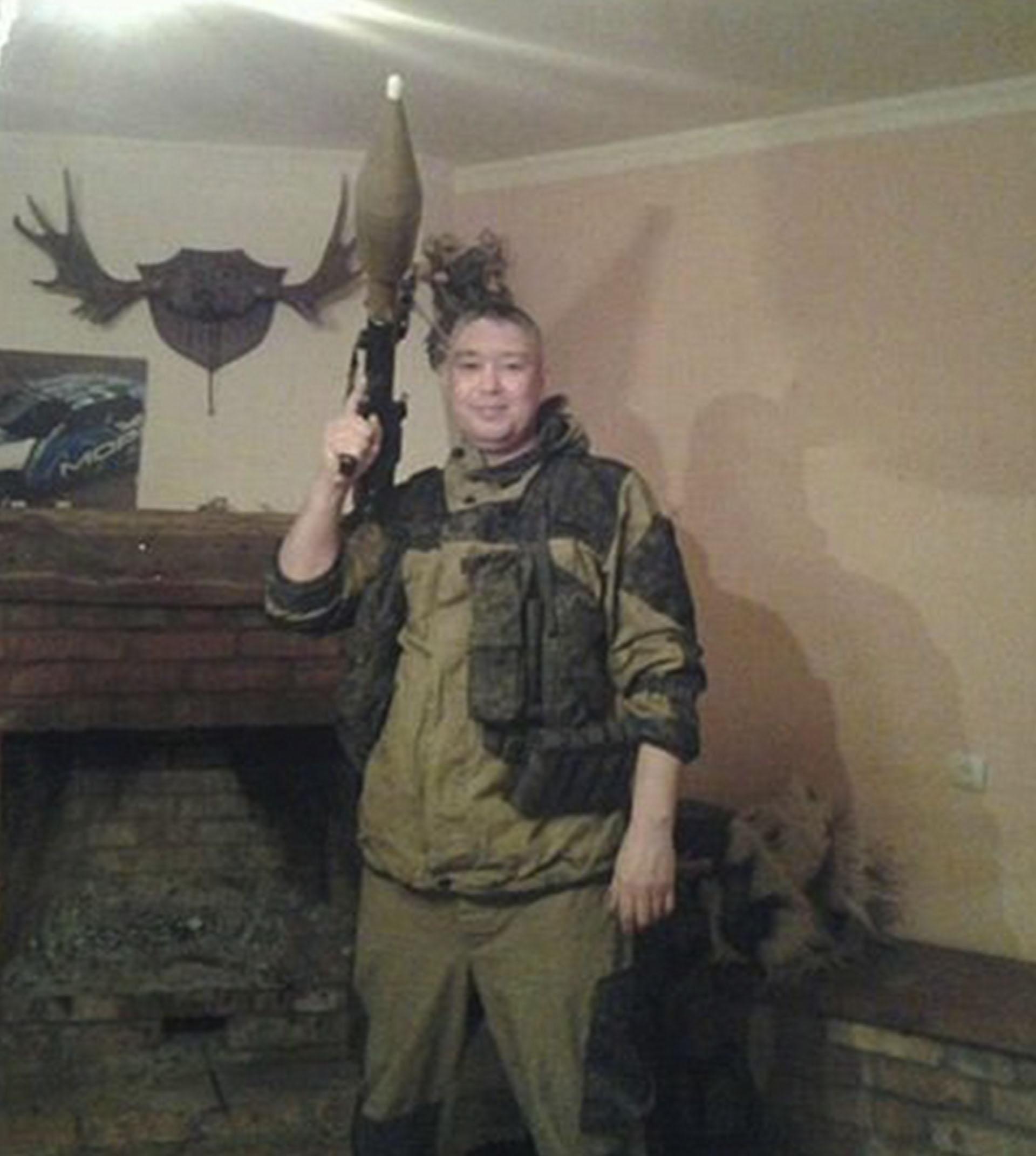 Igor Kosoturov en una foto tomada en Ucrania, donde también fue contratado como mercenario