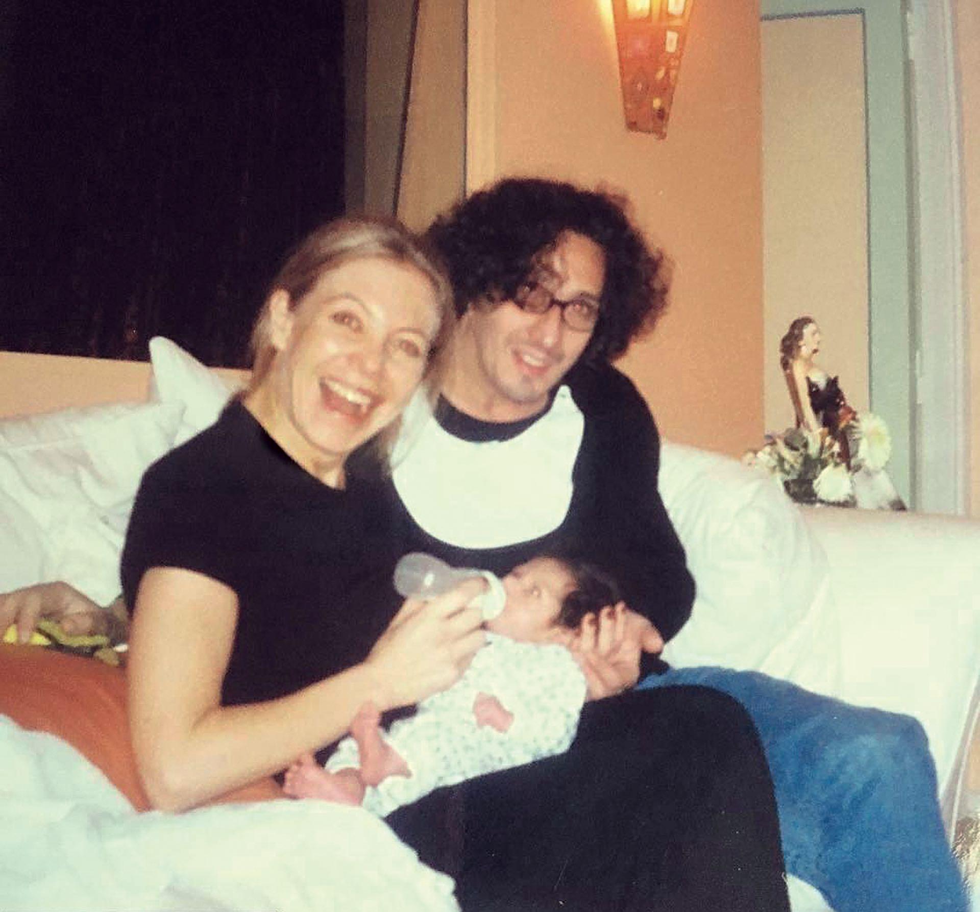 En 1999, seis meses antes de pasar por el Registro Civil, decidieron adoptar a Martín