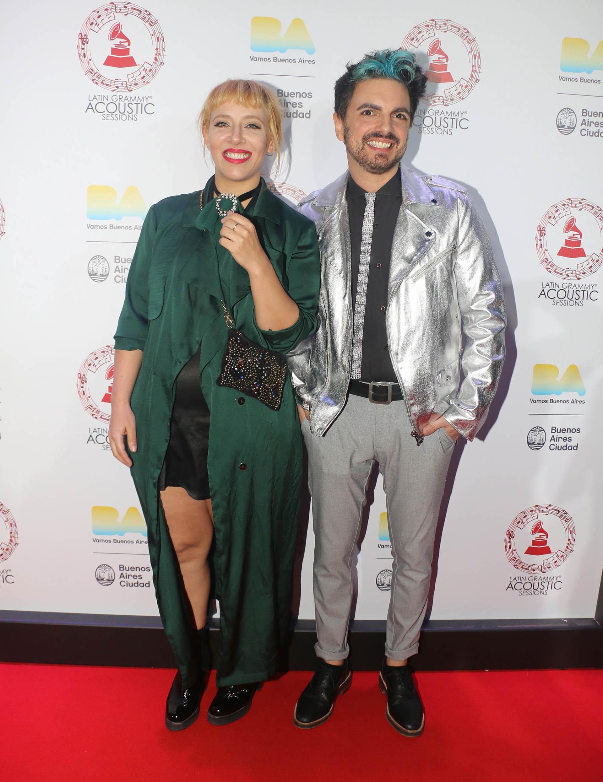 Juliana Gattas y Ale Sergi