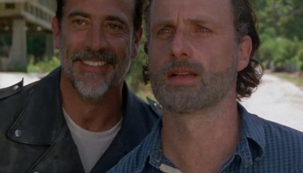Jeffrey Dean Morgan está desilusionado con la muerte de Carl Grimes en The Walking Dead. AMC