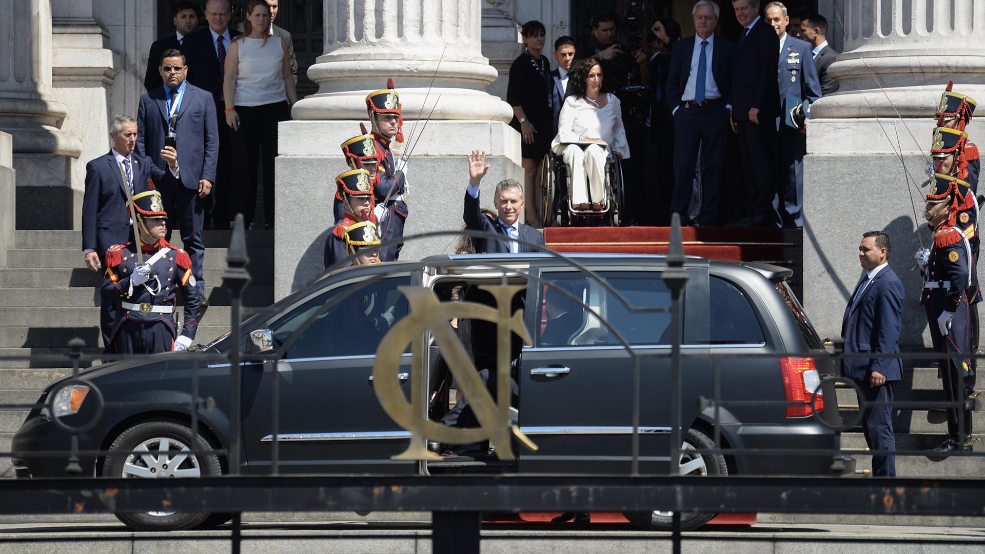 Macri llegó cerca de las 11 de la mañana al Congreso – Fotos: Adrián Escandar – Julieta Ferrario – Pablo Aharonian – Comunicacion Senado