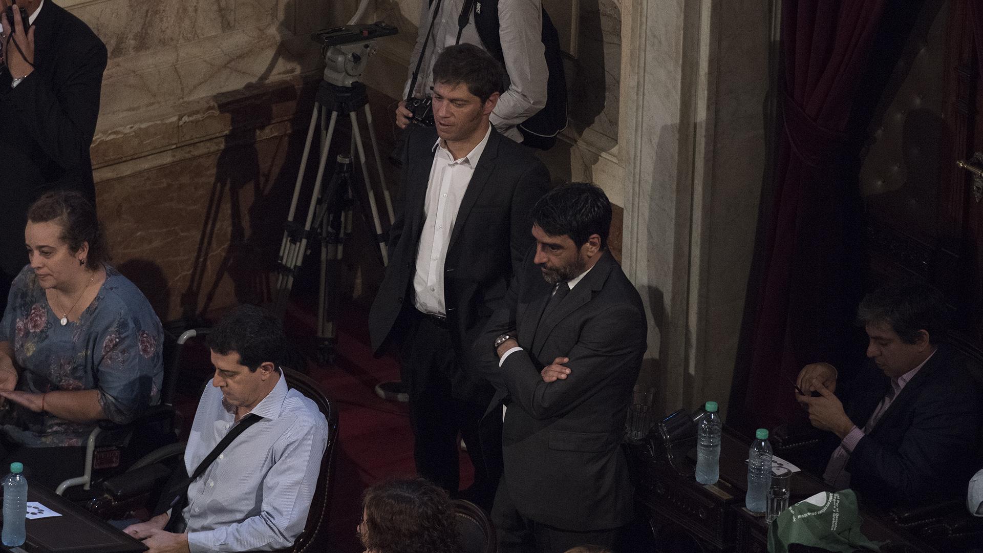 Axel Kicillof y Rodolfo Tailhade durante el discurso de Macri