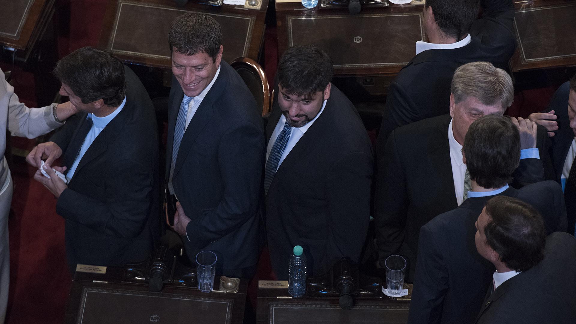 Diego Bossio junto a otros referentes del Bloque Justicialista