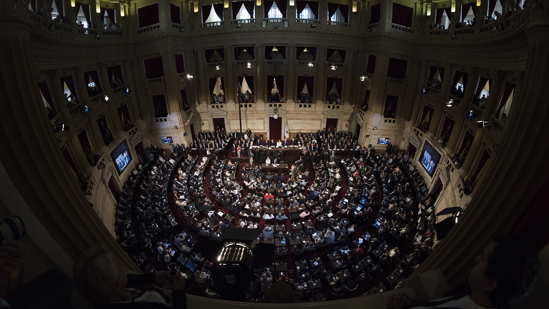 Una Cámara de Diputados repleta para la Asamblea Legislativa