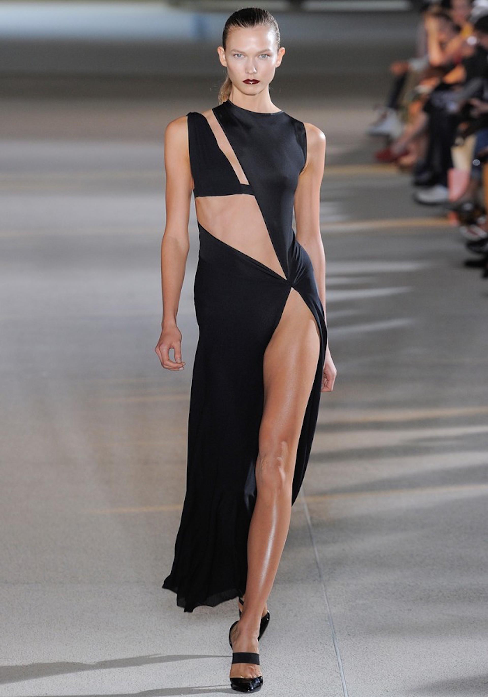 El diseño de Anthony Vaccarello que inspiró el look de Militta.
