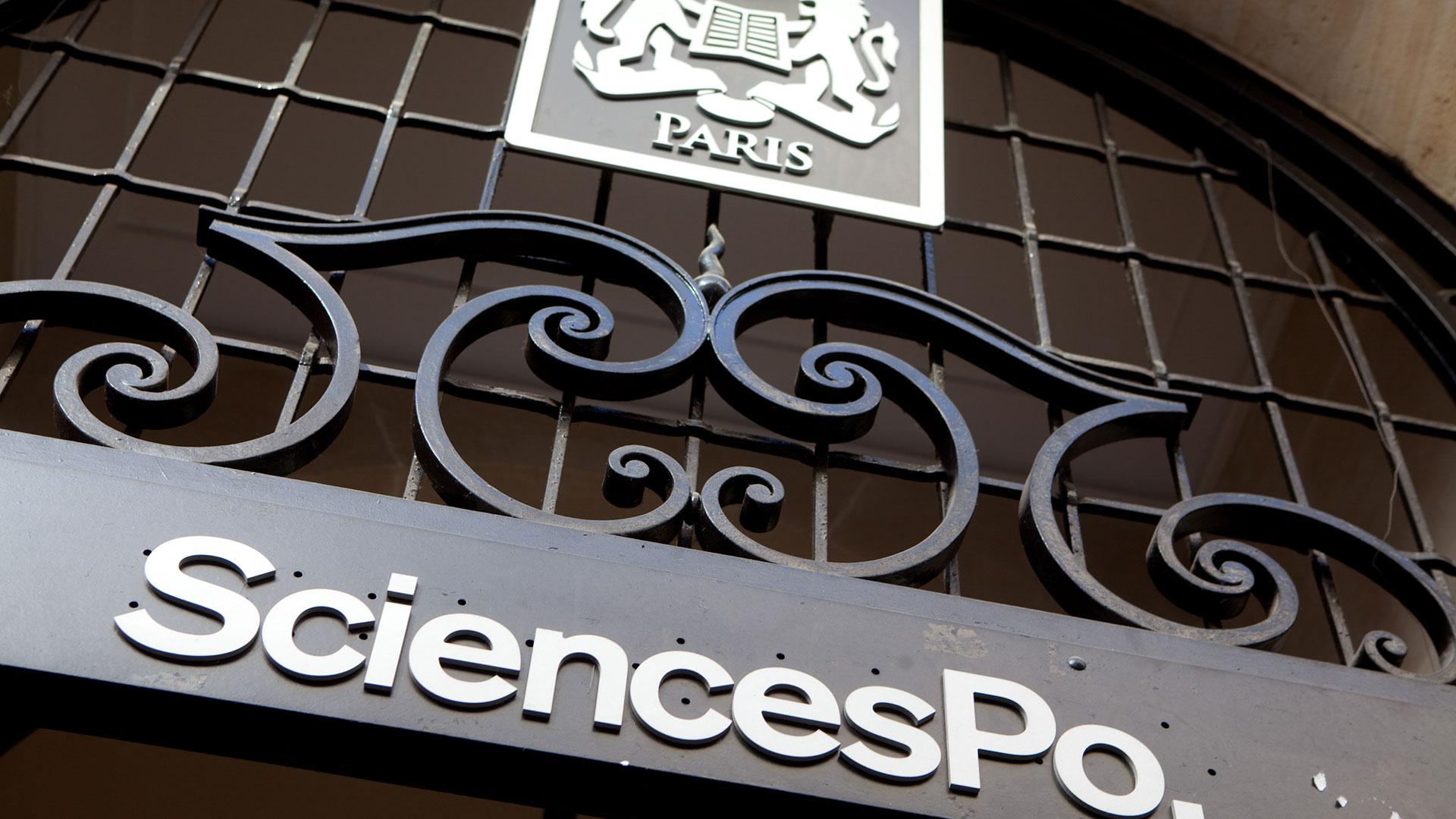 La entrada de SciencePO, el lugar de excelencia académica en Francia